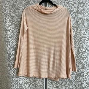 Free People Peach Sweater Size Small